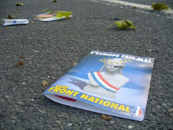 debattiersalon | Frankreich braucht Bürger! | Wahlplakat Front-National Frankreich Europawahl EU